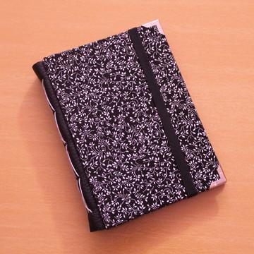 Caderno A6 'Floral Escuro'