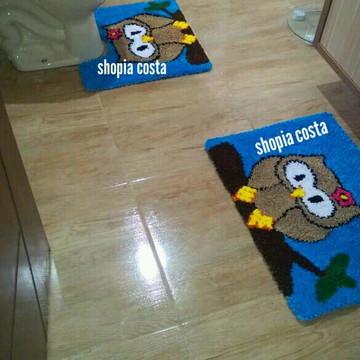 tapete frufru banheiro coruja