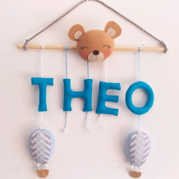 porta maternidade 4 letras azul cinza ursinho balão