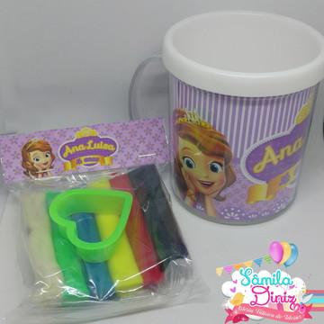 Caneca + Kit Massinha e Forminhas