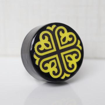 Puxador estilo Porcelana amarelo e preto
