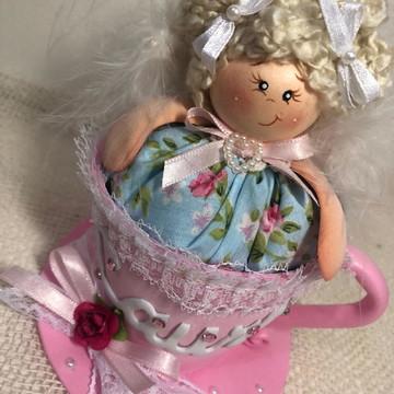 Boneca sachê na xícara (Aroma de morango)