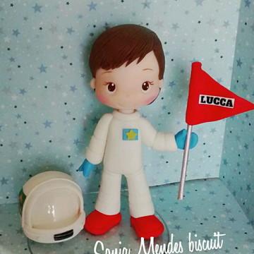 Astronauta topo de bolo