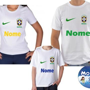 b8d2c72e6 Camiseta Tal Pai Tal Mãe Tal Filho(a) Brasil Copa 2018 3und