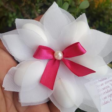 Amêndoa na flor Lótus pink