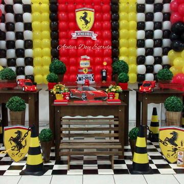 Decoração de Festa Ferrari Rústica