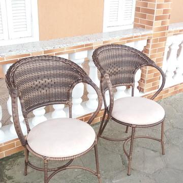 Cadeira fibra sintética área sacada apartamento piscina