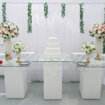 Aluguel Decoração Casamento Mesa do Bolo Vidro Rosa e Branco