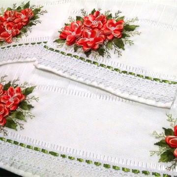 Kit Toalhas Decorativas Bordadas Lavabo Rosto Banho Presente
