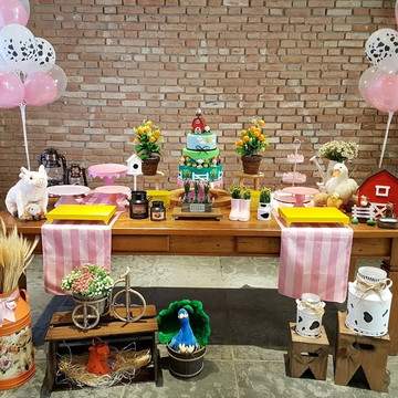 7d35d021a11e4 Kit Decoração Festa Fazendinha Rosa (locação SP Capital)