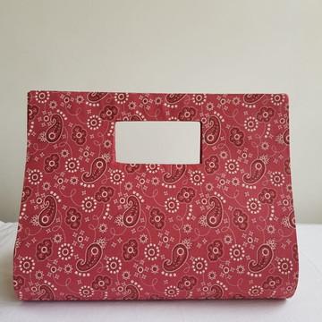 Bolsa de mão em cartonagem