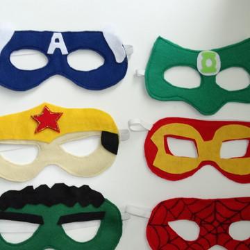Mascaras super heróis em feltro