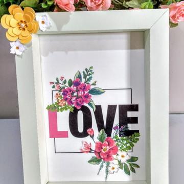 Quadro de papel personalizado love.