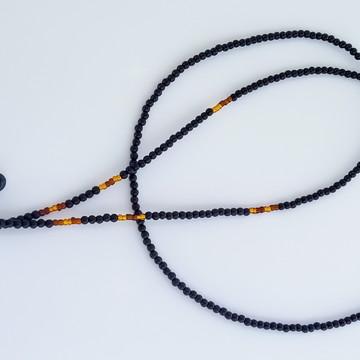 cordinha salva óculos com miçangas pretas e marrom/cobre