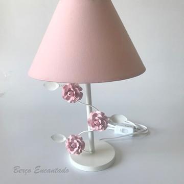 Abajur Metal com Flor Rosa - Abajur Menina Flores