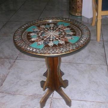 Mesa de canto em madeira/mdf