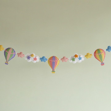 Varal BALÕES , NUVENS e ESTRELAS Candy Colors 3 Feltro