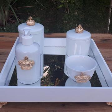 Kit Higiene Bebê Coroa Puxador Dourado Bandeja Mdf 5 Peças