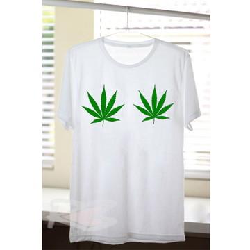Camiseta Maconha nos Peitos