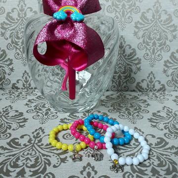 """Kit tiara temática """"Chuva de Amor"""" + 4 pulseiras"""