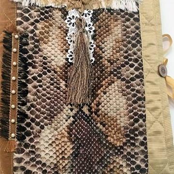 Capa de caderno em tecido especiais