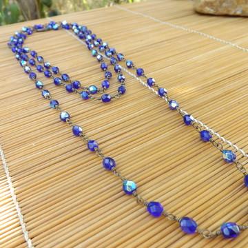 colar de cristais azul royal