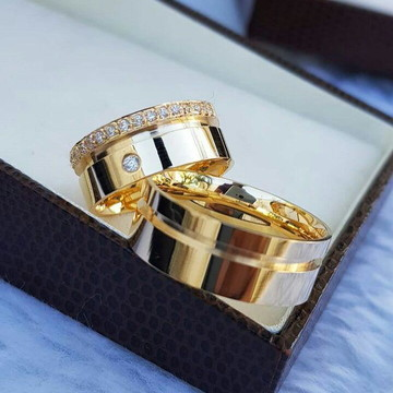 Par de Aliança 8mm Prata Banhada ouro