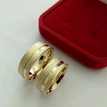 Par de aliança 8mm Prata Banhada a Ouro