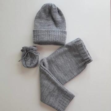 Conjunto de tricô bebê 4 a 6 meses cinza