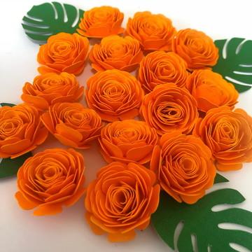 Aplique mini flores de papel em espiral