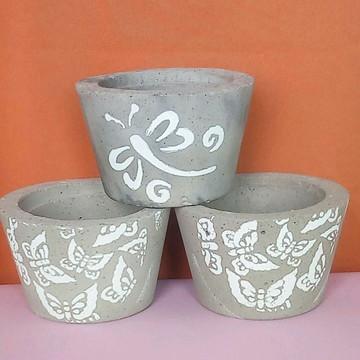 3 vasinhos decorativos de cimento