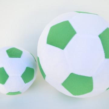 3e858abca202f Bolas de Futebol de Pelúcia Branca e Verde ( 2 peças )