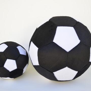7bc4da45f9c34 Bolas de Futebol de Pelúcia Preto e Branca ( 2 peças )