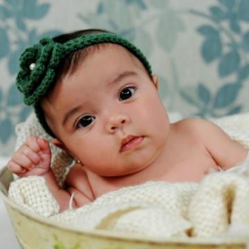 Headband Flor de Bebê em crochê