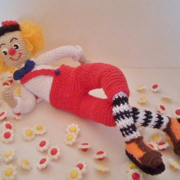 Amigurumi - boneco palhaço em crochê