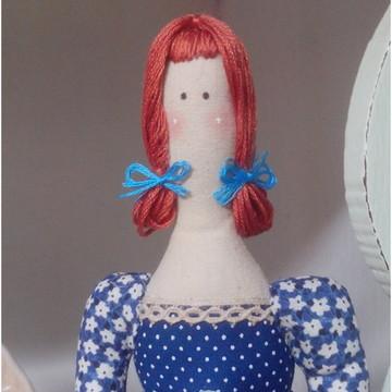 Boneca de tecido tipo Tilda
