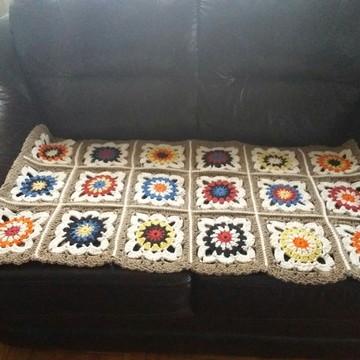Manta para sofá em croche 2 lugares ou peseira de cama