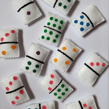 Jogo de Dominó educativo em feltro (28 peças)