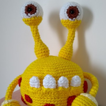 Monstrinho de Crochê Amigurumi, Monstro Lucki