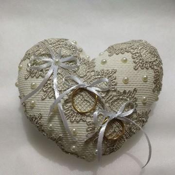 Almofadinha porta alianças - Coração