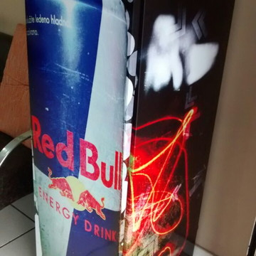 1fad353e6fa9c Adesivo Envelopamento de Geladeira - Red Bull
