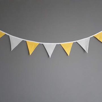 Bandeirinhas de tecido Amarelo e Cinza