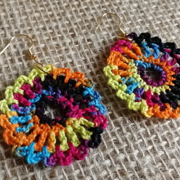 Brinco de Crochê - Mandala Colorida
