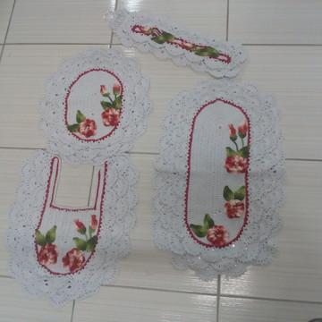dd33e4b01 Conjunto de banheiro rendado detalhe em flores