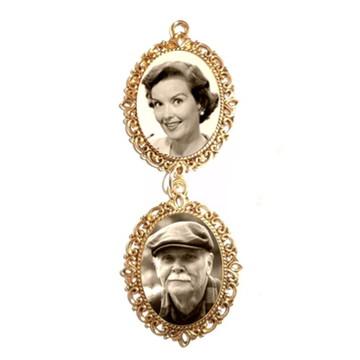 Relicario Medalha Buquê de Noiva duas fotos