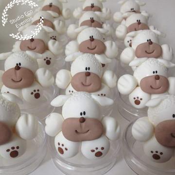 Lembrancinha ovelhinhas biscuit - latinhas