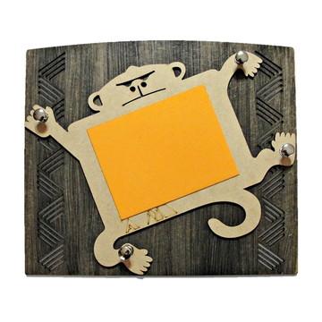 Porta chave/recados macaco. Artefato. Organização com estilo