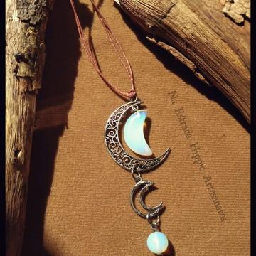 Colar Hippie Meia Lua com Pedra da Lua