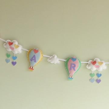 Varal BALÃO, NUVEM e CORAÇÃO com NOME Candy Colors Feltro