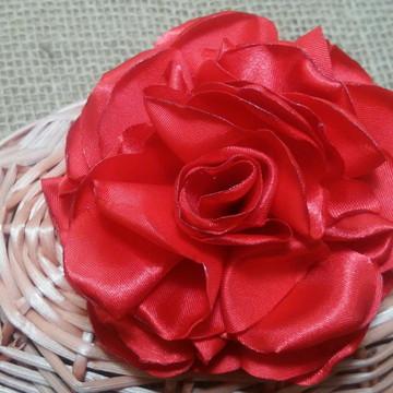 Flor para cabelo Nadia boleada vermelha
